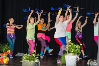 Bei diesem Tanz kamen auch Unterarmgehstützen zum Einsatz. Foto: SMMP/Bock