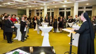 Provinzoberin Schwester Johanna Guthoff wünscht der Bildungsakademie auch für die Zukunft viel Dynamik und Gottvertrauen. Foto. SMMP/Bock